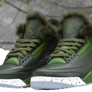 Grinch-Air-Jordan-iii-shoes-freakersneaks-3